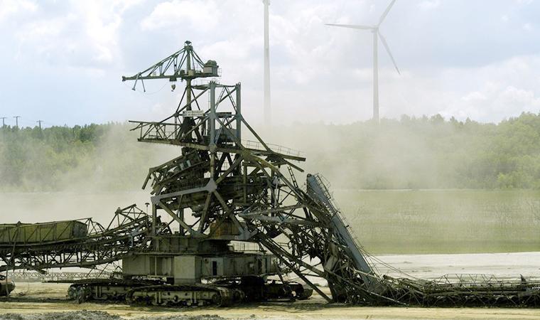 Sprengung Grossgeräte TGB-Klettwitz 2004